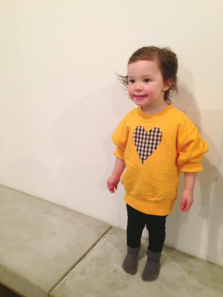 10-Minute DIY: No-Sew Heart Sweatshirt // The Little Things We Do