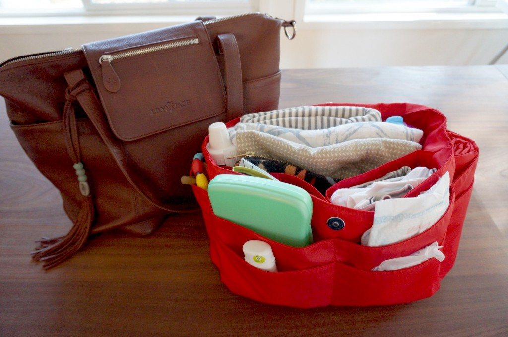 Finally, A Diaper Bag That Doesn't Suck // @ The Little Things We Do