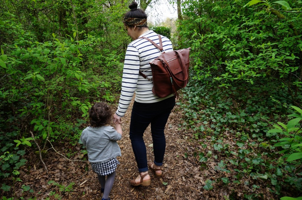 Finally. A Diaper Bag That Doesn't Suck! // @The Little Things We Do