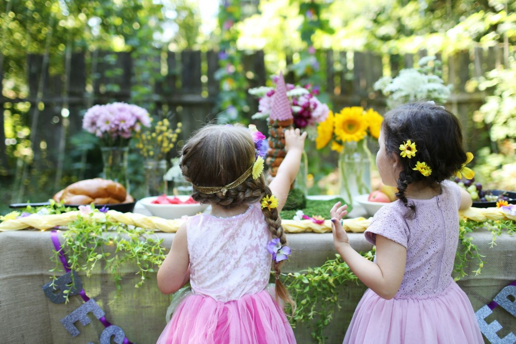Princess Party Planning On a Budget! // via The Little Things We Do